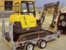 Ifor Williams GX106 Plant Transporter with skids and optional lashing straps